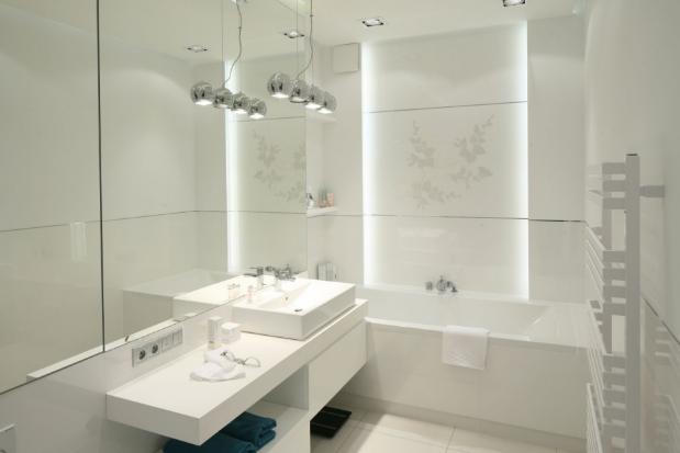 przykład oświetleń ledowych do łazienki